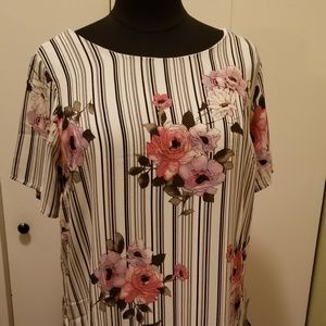 NWT Pretty Spring Dress